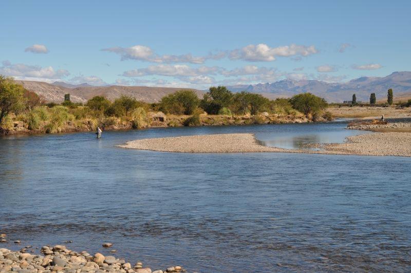 caleufu-river